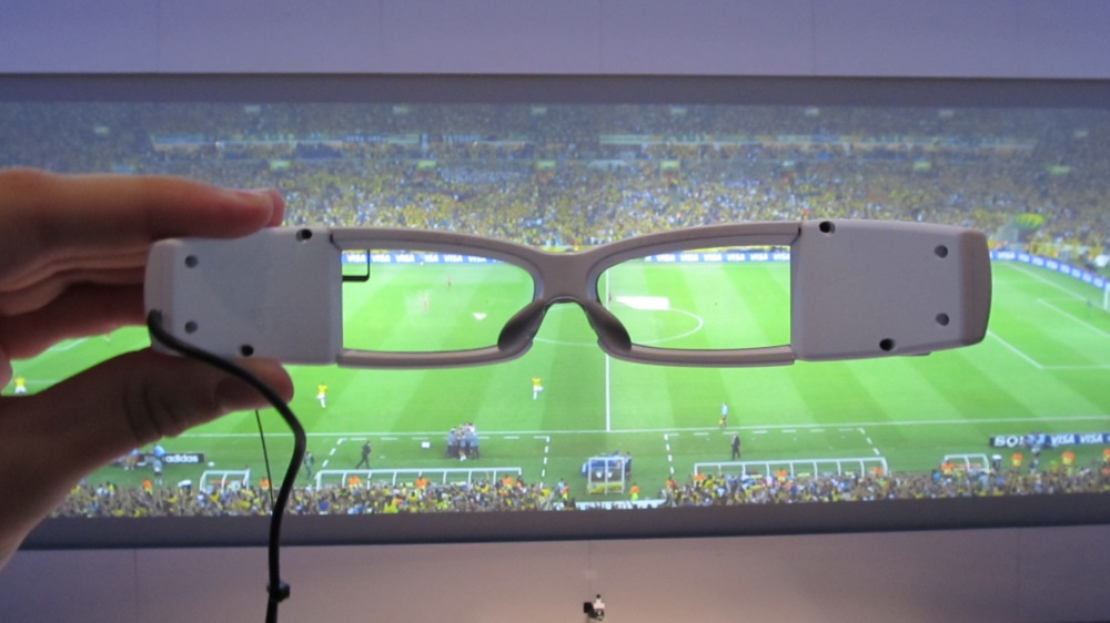 Sony SmartEyeglass: La alternativa de Google Glass llegaría en Marzo