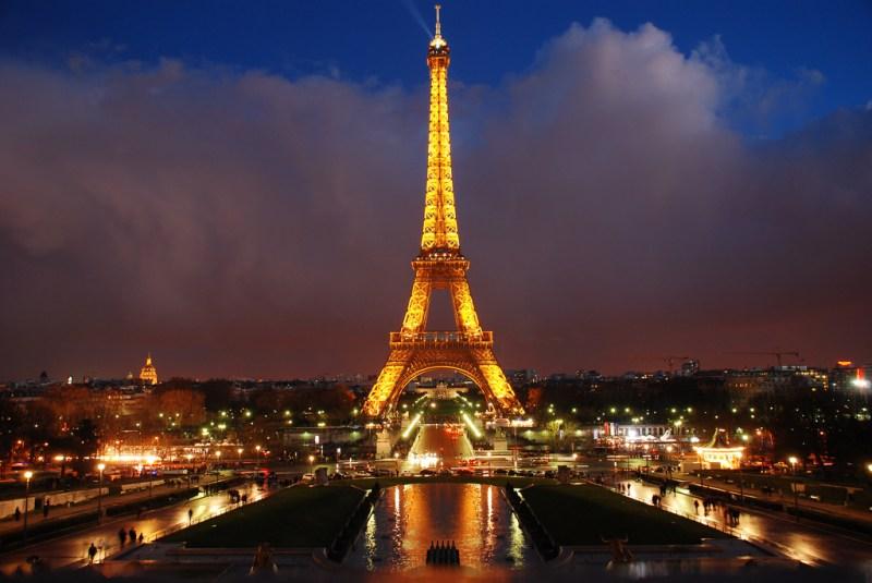 ------* SIEMPRE NOS QUEDARA PARIS *------ Paris-800x535