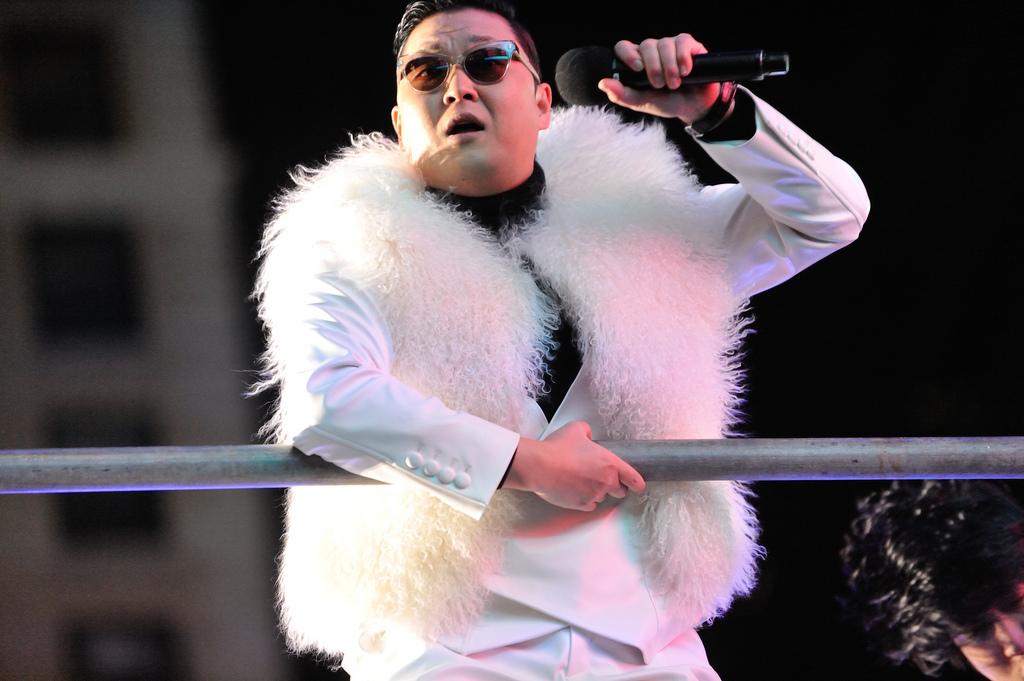 gangnam style genera 8 millones de ingresos a Youtube