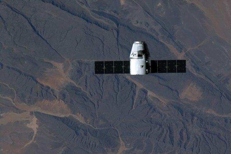 La cápsula Dragón de SpaceX acercándose a la Estación Espacial Internacional el 3 de marzo de 2013. (Cortesía: NASA)
