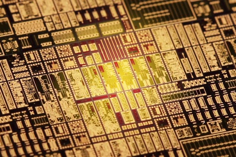 Millilink chip receptor - Wi-Fi a 100 Gbps