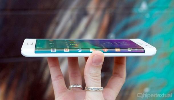 Galaxy Note Edge y su pronunciada curva.