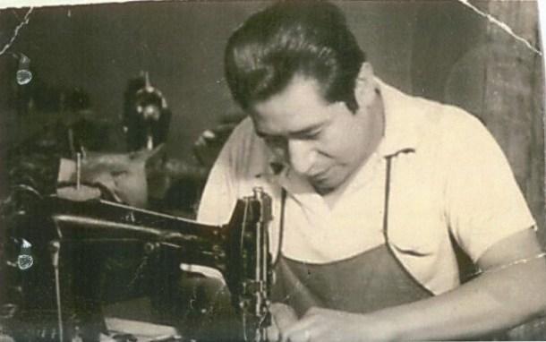 Don Cleto Reyes en su taller