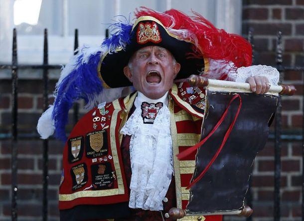 """""""Town crier"""" de Reino Unido"""