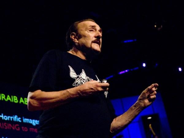 En la imagen: Philip Zimbardo. Prueba viviente de que cualquiera puede dar una TED Talk.