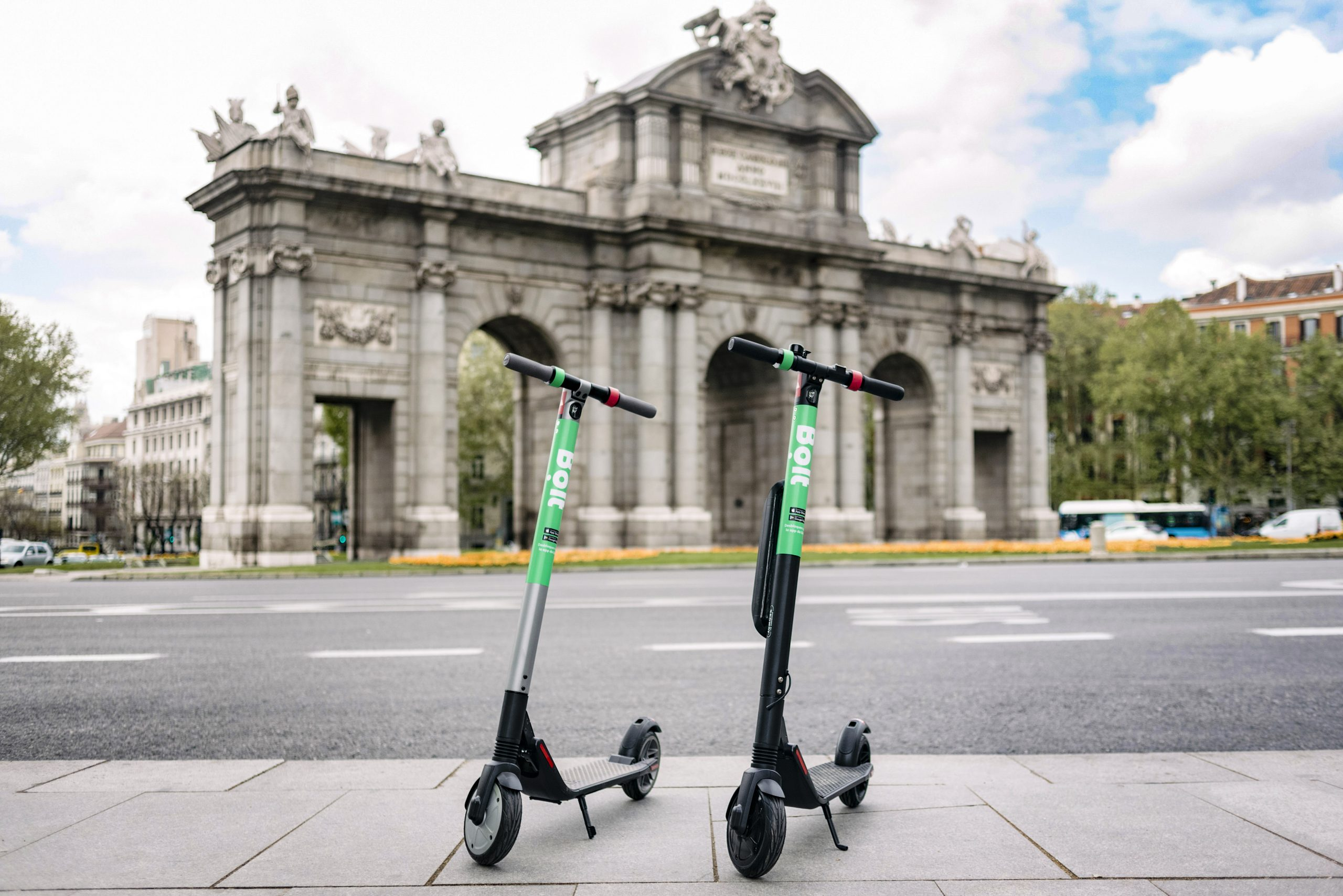 Lime patinetes eléctricos